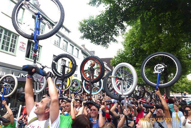 Einrad-Holland